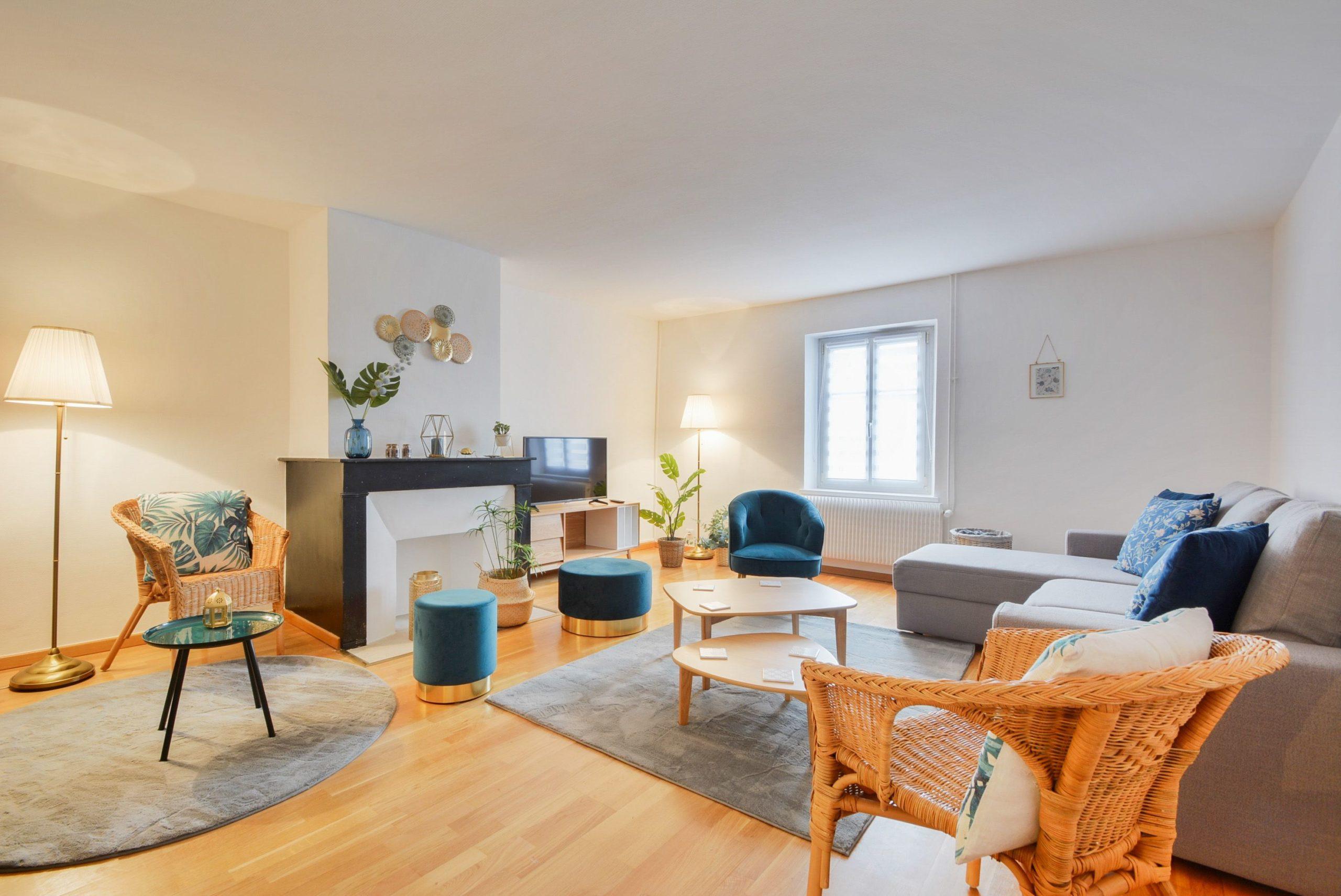 Vue salon dans un appartement